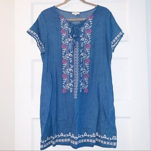 ODDY Embroidered Chambray Dress